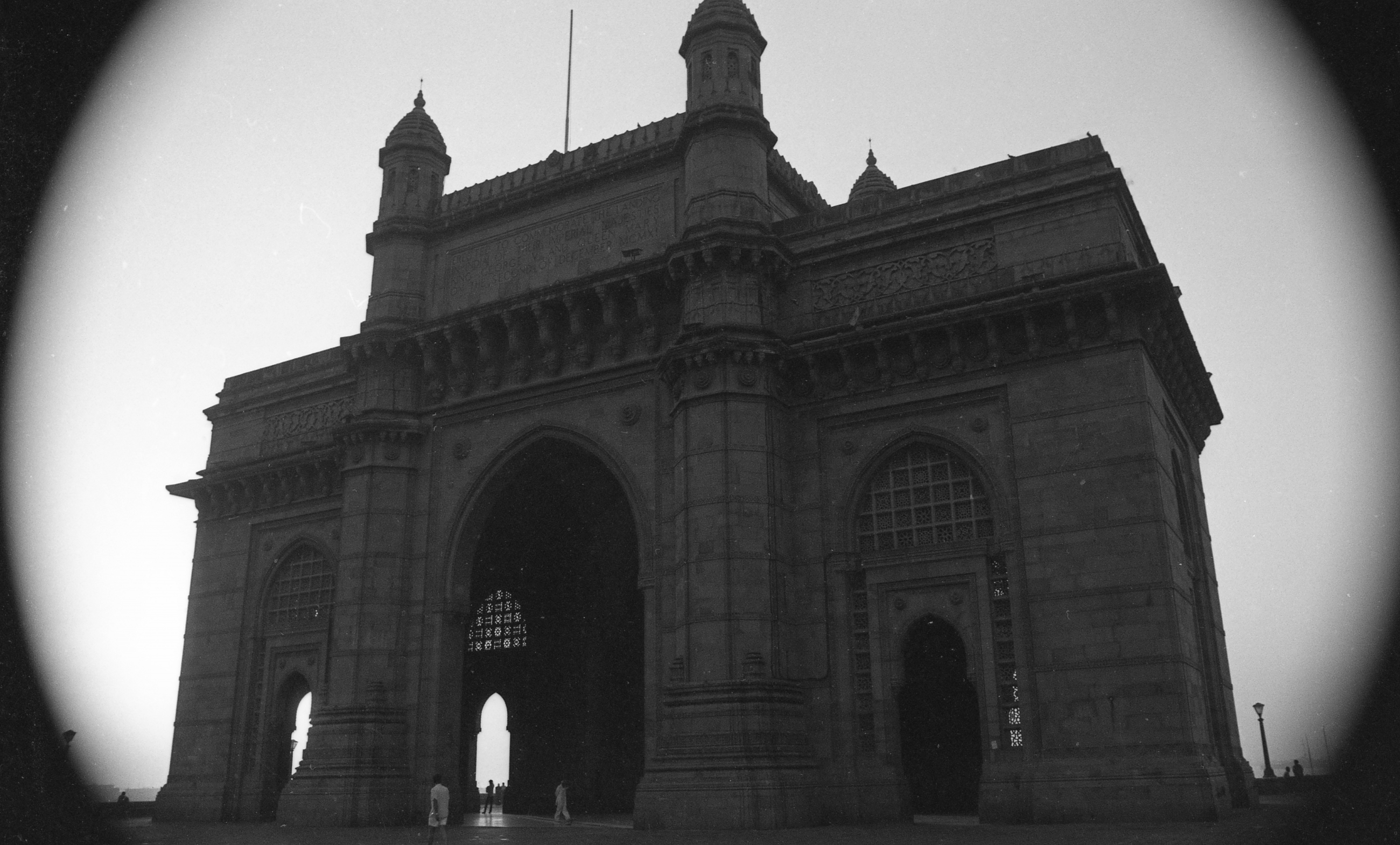 EXCLUSIVELY FEATURED BY EASTPRO - india 1970 - gateway of india