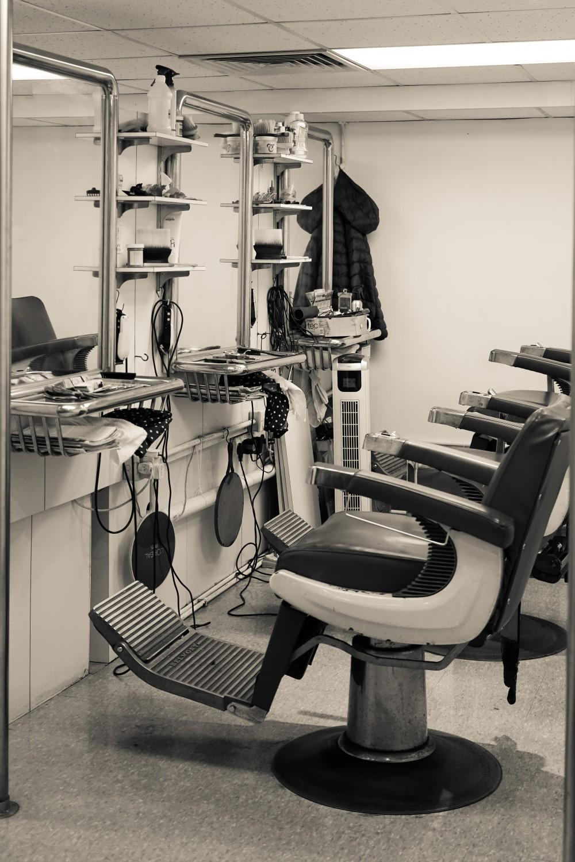 hong kong old barber hair shop